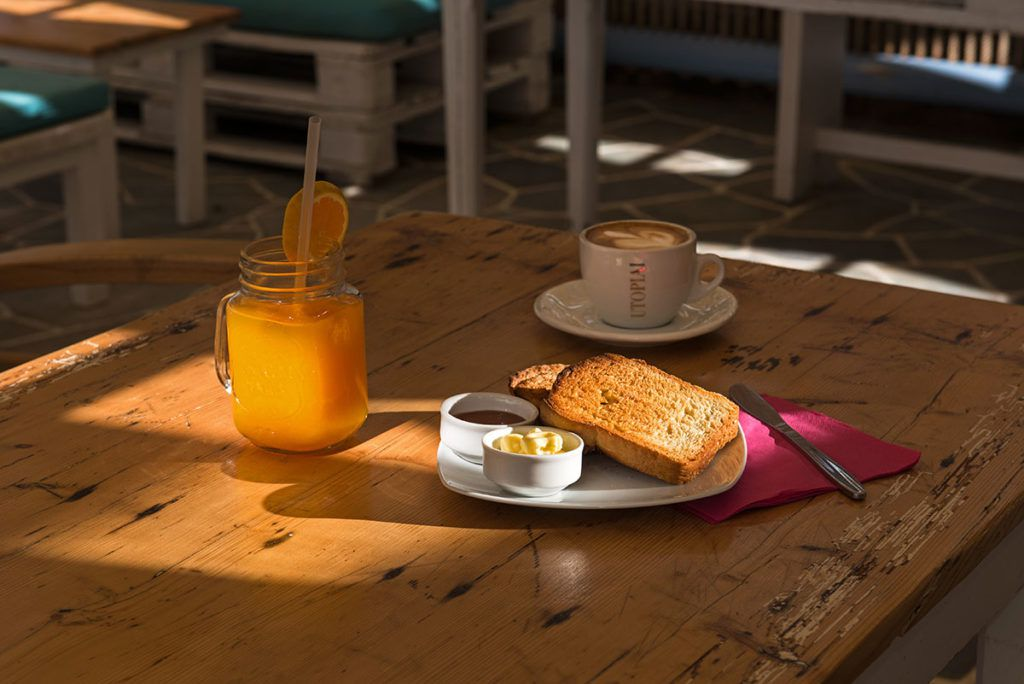 Folegandros Perigiali cafe